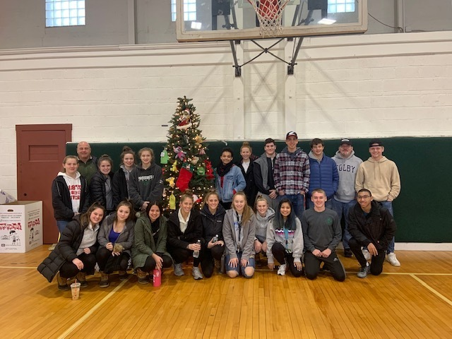 MHS Leadership Academy gives back for the Holidays!